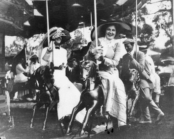 on_the_merry-go-round_at_deepwater_races_-_deepwater_nsw_c-_1910_g_robertson-cuninghame_from_the_state_library_of_new_south_wales